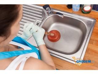 Mì tôm làm tắc ngẽn bồn rửa bát và cách xử lý